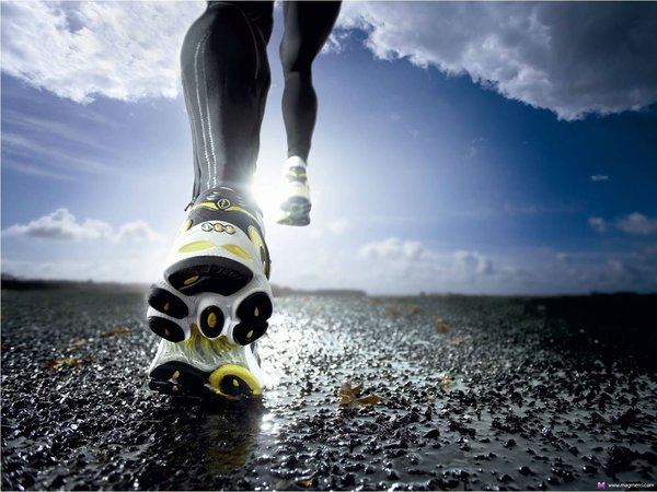 Картинки по запросу Спортивная обувь